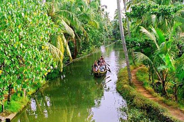 kumarakom tour Kerala Tour Package Site